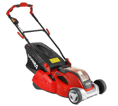 The Cobra RM4140V rear roller mower has a 16 inch cuttingwidth and uses a Samsung 40v 4Ah lithium-ion battery. This push cordless rollermower has supe