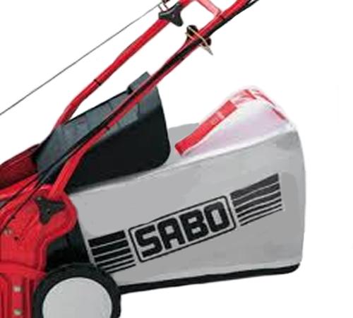 A John Deere grass collection bag for the John Deere D38R petrol scarifier.