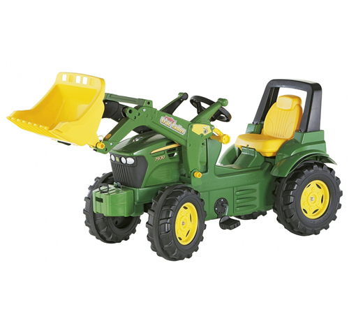 The John Deere 7930 toy tractor comes complete with a quick remove system frontloader with tipping digger bucket. The 7930 pedal tractor also has an o